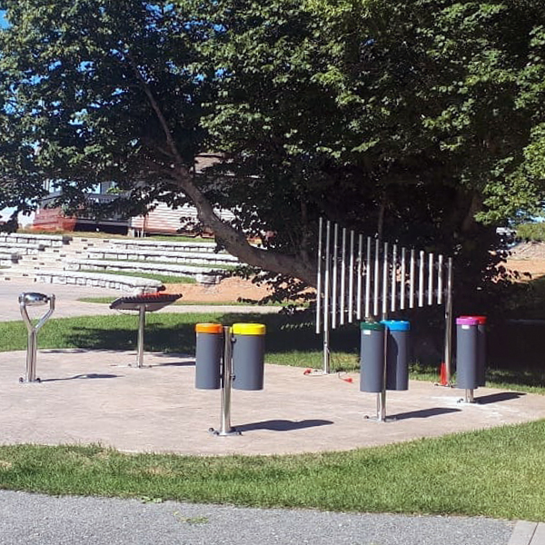 2640689907_600x600-Fundy-Discovery-Site---Music-Area-3